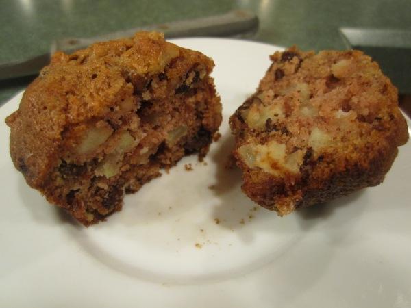 Raw Apple Muffins 015