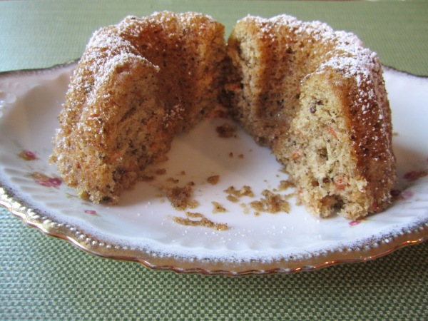 pecan spice cake 020