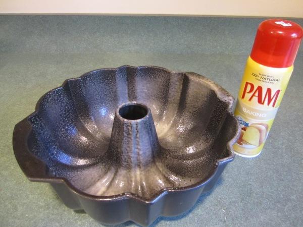 pecan spice cake 022